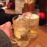 町田の立ち飲み「立ち呑み屋」で乾杯!フレンドリーな接客でリーズナブルなお酒を