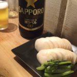 横浜・石川町の立ち飲み「車橋もつ肉店」で乾杯!ここから始まった黄色い看板ストーリー