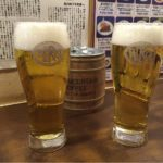 新宿駅のビアバー「ベルク」で乾杯!この味を求めていつも満席