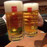 横浜・青葉台の中国料理「香港亭」で乾杯 サッポロの中ジョッキがなんと290円