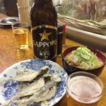渋谷の立ち飲み「富士屋本店」で乾杯 渋谷の超人気店で緑茶割り