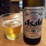 伊東駅前のセルフそばスタンド「天茶家」で乾杯/ハイレベルな天ぷら