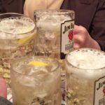横浜・鶴見で朝からハシゴ酒の旅(6軒目 元祖立ち飲み屋[川崎])/きつね煮で乾杯