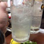 祐天寺「もつやき ばん」で乾杯/レモンサワーととんび豆腐