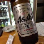 横須賀中央の居酒屋「天国」で乾杯/旬のシコイワシと濃いめのホッピー