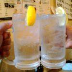北千住の立ち飲み「ざわさん」で乾杯/絶品金目刺は450円