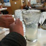 東神奈川 立ち飲み「じゆうな丘」│のんびり落ち着ける立ち飲み屋さん