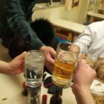 【神田】黄色の世界!『イチゴー』オール200円の激安酒場で乾杯