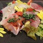 【たまプラーザ】イタリアン酒場『ビッコロ』人気ナンバーワン、長井漁港直送のカルパッチョをいただく