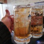 【武蔵小山】中華立ち飲み!『盛苑』180円の梅酒ソーダと意表をつかれたエビの塩焼き